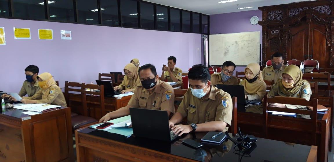 Rapat Simulasi Pengisian Kuisioner Survey Internal Organisasi Dan Survey Integritas Jabatan DINDAGKO