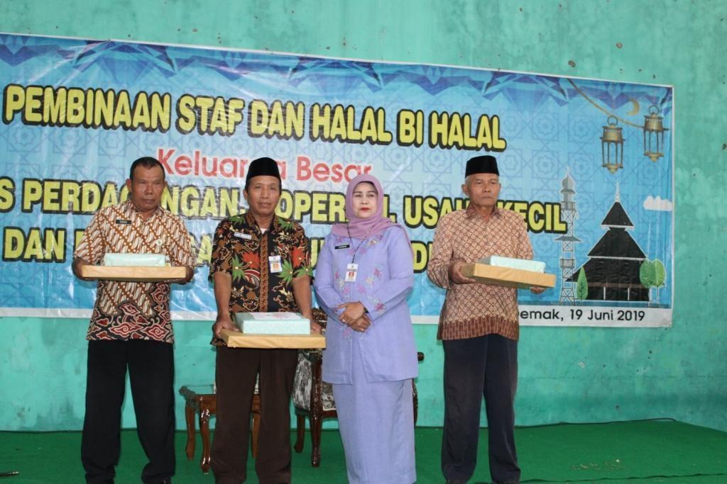 Pembinaan Staf Dan Halal Bihalal Dinas Perdagangan, Koperasi Usaha dan Kecil Menengah KAB. DEMAK