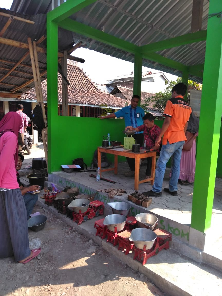 Kegiatan Tera Ulang UPTD Metrologi Legal di Pasar wilayah Gajah, Pasar Tambirejo