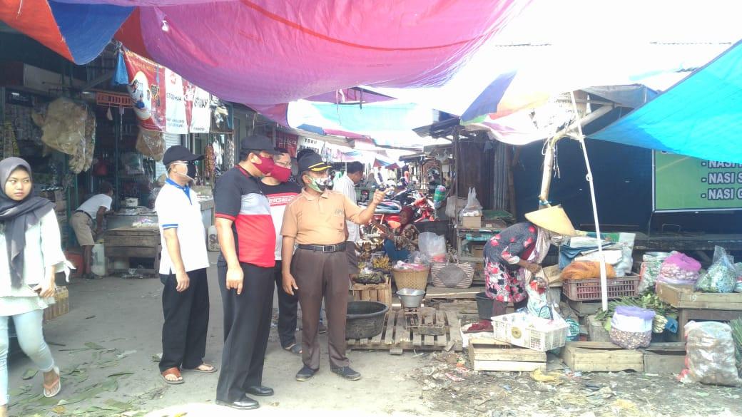 Monitoring Di Pasar Wonopolo  Dalam Persiapan Satu Pintu Masuk Pasar