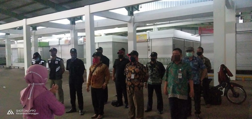 Penjagaan Pintu Masuk Pasar Mranggen Kabupaten Demak