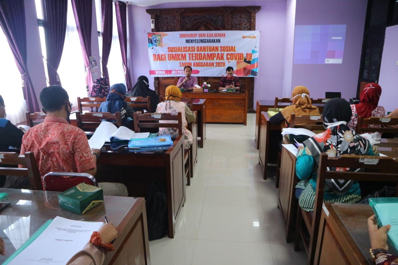 Kegiatan Penyelenggaraan Pelatihan Kewirausahaan melalui Monitoring dan Evaluasi Bantuan Sosial Bagi
