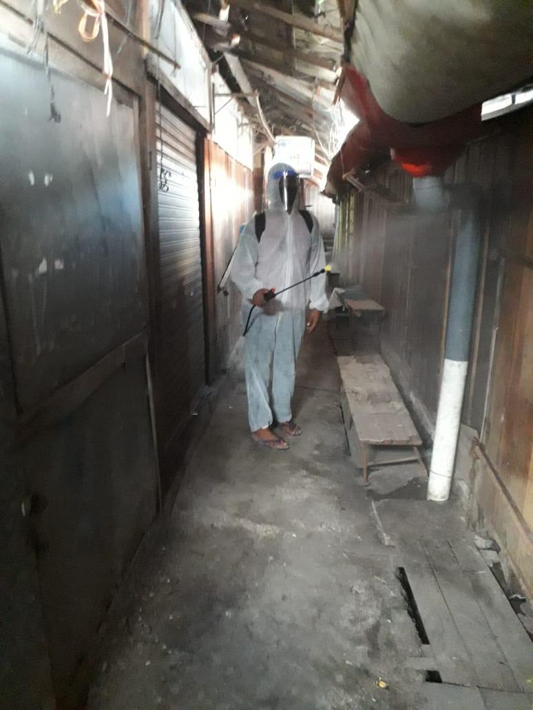 Penyemprotan Rutin Disenfektan Di Pasar Gajah Jumat 13 November 2020
