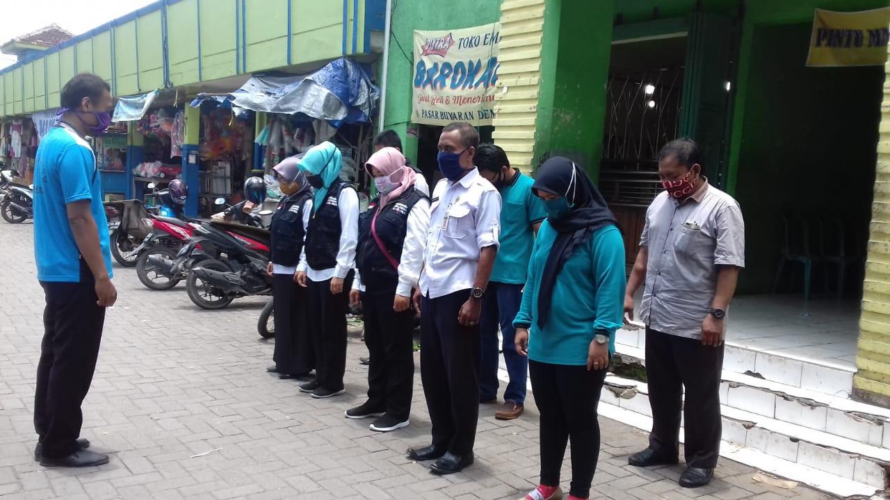 Penjagaan Pasar Dalam Rangka PKM (Pembatasan Kegiatan Masyarakat)   Dan Apel Siang Di Pasar Buyaran