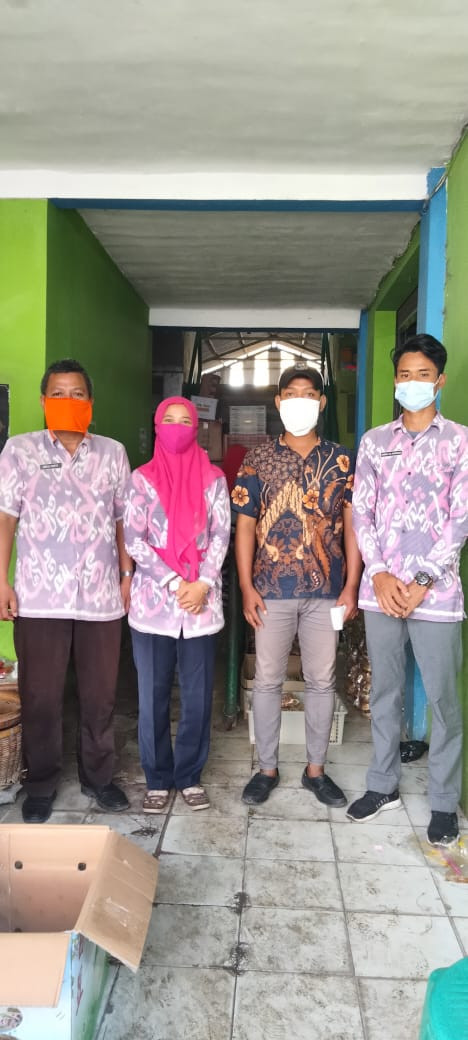 Penjagaan Pasar Kabupaten Demak DI UPTD Paswil I Pasar Wedung Serta Apel Pagi Protokol Kesehatan