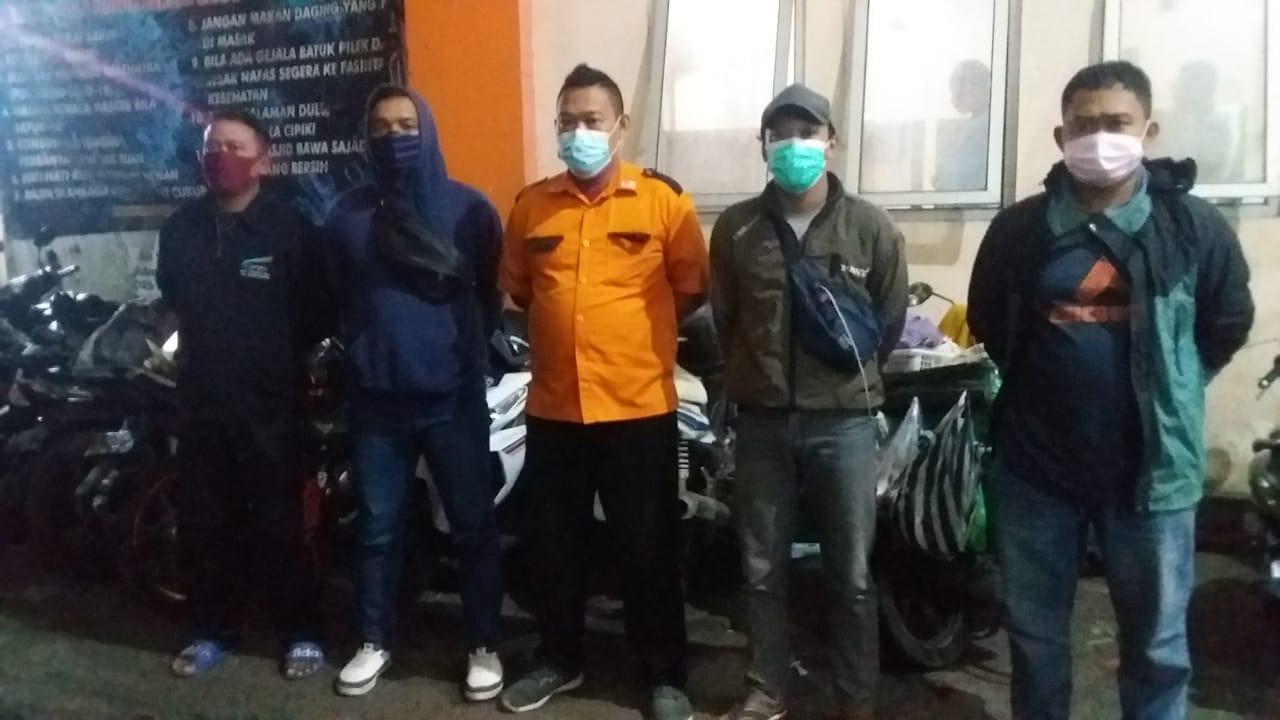 Penertiban Pasar Krempyeng Bintoro Dan Pengarahan Kepada Pedagang  Agar Selalu Taat Mematuhi Protkes